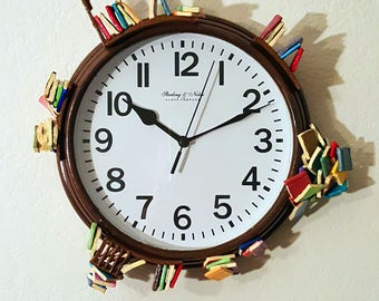 Bookshelf Clock