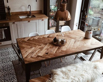 Isla Table