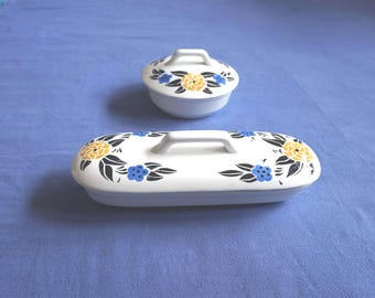 Early 20th century soap and comb dishes with lid, Nimy Belgium, floral decoration blue black yellow, airbrush / Spritzdekor. Very decorative