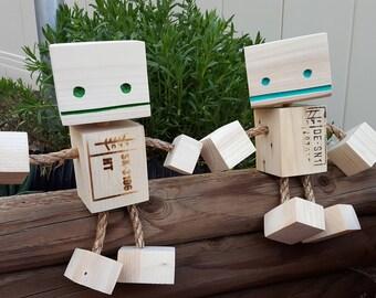 Pallet Robot. Wood Block Robots. Reclaimed