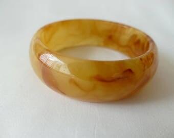 Bracelet bakelite way peeling