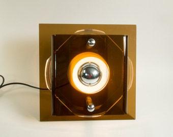 70s wall lamp by Raak Amsterdam, Space Age, Eames Panton Colani  Era, Plexiglass lamp, Dutch design