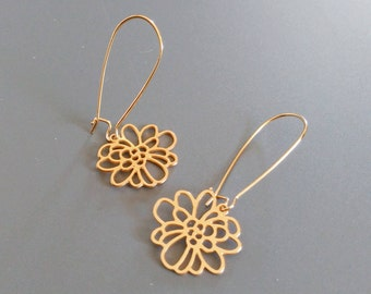 Flower Earrings, Gold Flower Earrings, Gold Earrings, Dangle Earrings, Gold Dangle Earrings, drop flowery Earrings, Gold Jewelry, mom gift