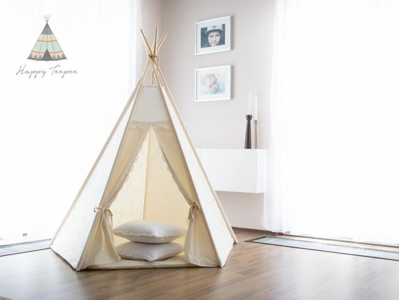 tipi naturel avec dentelle tente indienne pur tipi wigwam. Black Bedroom Furniture Sets. Home Design Ideas