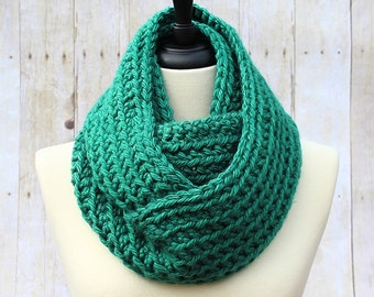 Chunky Infinity Scarf, Green Infinity Scarf, Green Loop Scarf, Green Scarf, Chunky Crochet Scarf, Green Women's Scarf, THE HENSLEY