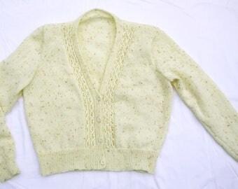 Cream Flecked 1940s Style Vee Neck Cardigan