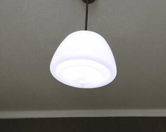 Opal Glas Hängeleuchte // Art Deco // Bauhaus // stufige Deckenlampe // Pendelleuchte // Industrial