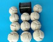 """20monkey poings/petite taille/2 1/4 """"de diamètre et de coton corde/mariage parties/maison décorations/rustique décorations/blanc /"""