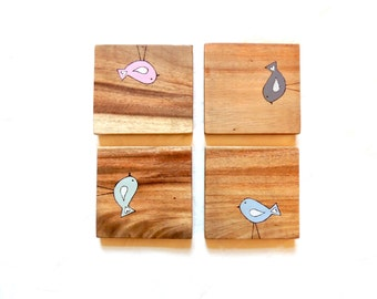 Wooden Coaters - Rustic Coasters, Coasters for Drinks, Bird Design Coasters, Set of 4 Coasters, Reclaimed wood Coasters, Little Bird design