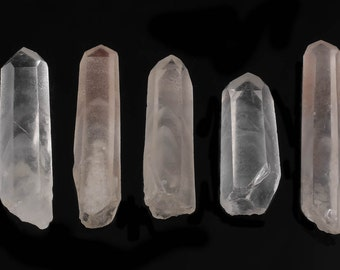 One White PHANTOM QUARTZ Crystal Point - Quartz Point, Healing Crystal, Raw Crystal Necklace, Raw Quartz Pendant, Crystal Jewelry E0102