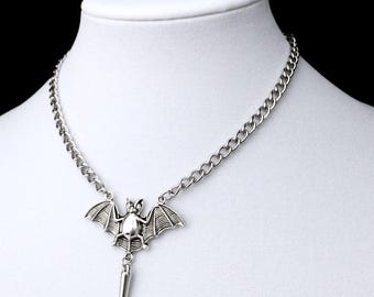 Gothic Bat Necklace, Bat Pendant, Witchy Jewelry, Bat Jewelry, Gothic Jewelry, Bat Choker, Spiked Jewelry, Chain Choker, Large Chain,