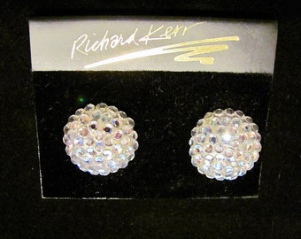 Brilliant RICHARD KERR Clear Pave Swarovski Crystal Rhinestone Clip Earrings New On Card Vintage High Fashion Women's Costume Jewelry