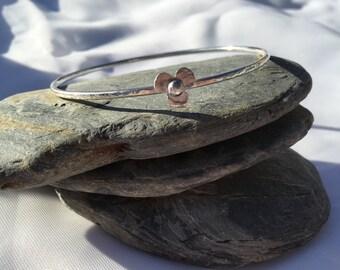 Sterling Silver Flower Bangle, Flower Charm Bracelet, Textured Bangle, Pretty Bracelet, Flower Jewellery, Flower Bangle, Silver Bracelet