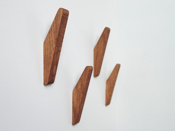 oak wall hooks set of 4 or 6 coat hook wall mounted. Black Bedroom Furniture Sets. Home Design Ideas
