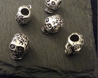 5 Detailed Antique Silver Tone 3D Sugar Skull Beads