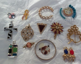 16 pc.  +++  jewelry bits and bobs / vintage junk jewelry/ mixed media / earrings / treasure