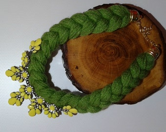 Green and yellow Bib statement chunky knitted necklace,Short necklace,green necklace,modern necklace, Gift for her, birthday gift