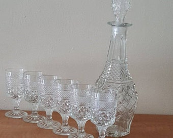 Vintage Wine Glasses~Wexford Wine Glasses Wexford Decanter~Anchor Hocking Wexford 6  Wine Glasses and Wexford Carafe Decanter