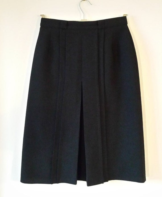 Vintage St Michael black A-line skirt mid-length by AllAboutNora