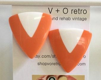 Awesome Vintage 80s Earrings Geometric Jewelry Triangle Earrings Orange and White