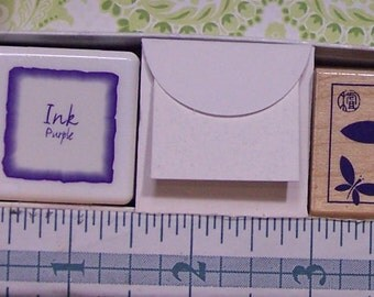 """Gift Box - """"Design Notes - LL700 Butterfly Design"""" - Hero Arts - Butterfly stamp, Ink Pad, mini cards and envelopes."""