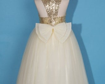 Flower girl dress/Gold flower girl dress/Ivory tulle girl dress/Pageant dress/Communion dress/Gold Junior bridesmaid dress/Dress with bow