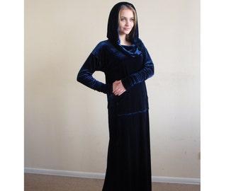 Sporty maxi dresses