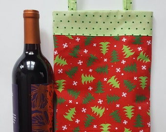 Wine tote, Christmas wine bag, holiday wine tote, wine bag, Christmas gift bag, lined wine bag, holiday gift bag, Christmas tree print