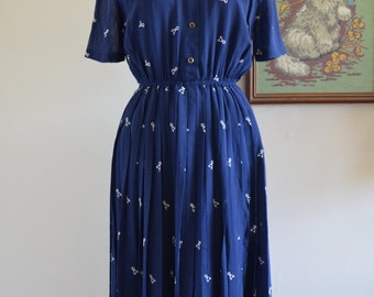 1970's Japanese Vintage Navy Blue Shirt Style Embroidered Dress, Horse and Carriage, Pleats
