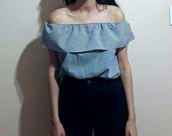 Vintage gingham Off-the-shoulder top blouse size small medium, flutter top, crop top, Gingham blouse