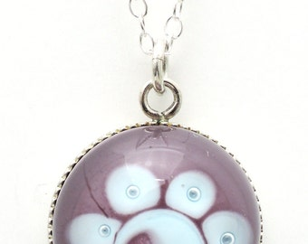 Round spun glass of Murano pendant, jewel blue, violet and bubbles surchaîne convict necklace