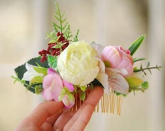 Hair comb Flower accessory Wedding hair comb Rustic wedding Bridal hair accessories Bridesmaid flower comb Boho wedding Wedding hair piece