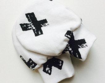 Baby Mitten Crab mittens black and white cross