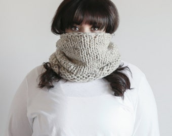 Chunky Knit Cowl Scarf Thermal Warmer | THE WICKLOW in Oatmeal