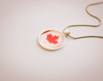Canadian  flag necklace, Canadian necklace, Canadian pendant, Canadian jewelry, flag necklace, silver necklace, flag jewelry,gift for women