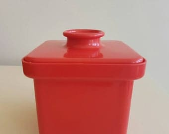 Retro Red BUTTER Dish - Decor - Margarine - Picnic - Bbq - Storage - Margarine