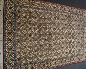 Authentic Persian rug from 1970's size 201x137cm.