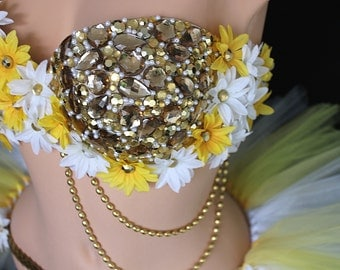 Golden Goddess bra and tutu set White and yellow daisy bra Rave outfit EDC outfit Rhinestone bra with flowers 36D rave bra Festival outfit