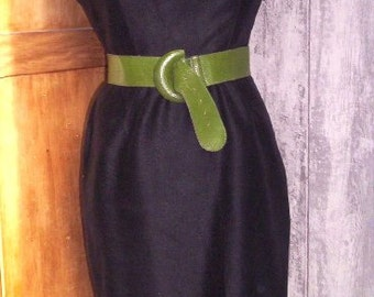 Fifties black dress, smart , classical, unavoidable!