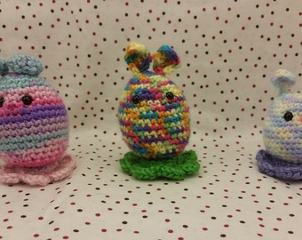 Easter Egg Bunny Rabbit Amigurumi with Flower shaped stand