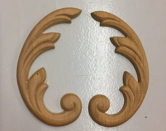 A pair of Wings Embossed Appliques Trims Ornaments Pediments 4-3/4 x 2-1/2 Inch (B88)