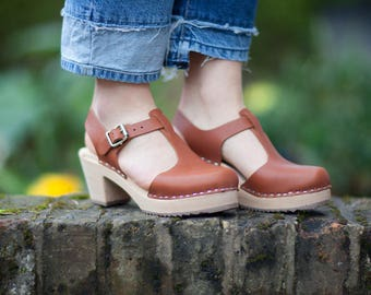 Swedish Clogs Highwood T-Bar Tan Leather by Lotta from Stockholm / Wooden Clogs / Sandals / High Heel / Mary Jane Shoes