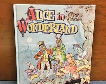 Beautiful 1990 Alice In Wonderland children's book by  Lewis Carroll