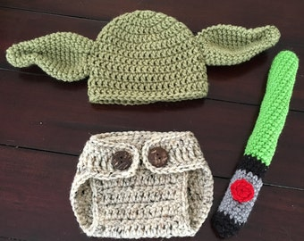 crochet Yoda photo prop