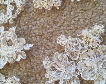 Ivory lace trim (scalloped) for dress making or decorating