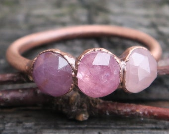 Pink sapphire ring / Pink gemstone ring / Sapphire ring / Copper ring / Genuine sapphire / Gift for her / Bridesmaids gift / Organic jewelry