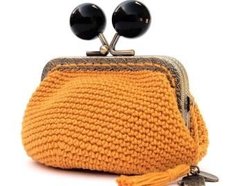 Crochet purse, frame  coinpurse, metal clasp purse, women's gift, black and yellow purse, crochet wallet, small crochet bag, yellow purse