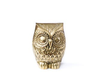 Vintage Brass Owl / Brass Paperweight / Shelf Decor / Faux Taxidermy / Animal Shaped Brass