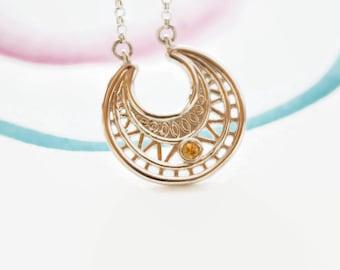 Bijou grossesse, pendentif lune, symbole de protection, amour maternel, argent massif, pierre de naissance