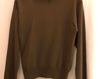 Vintage Women's Marshall Field Country Shop Wool Turtleneck size large